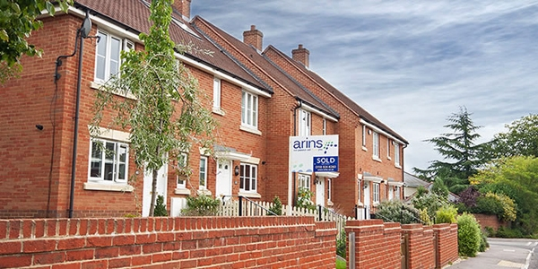 Arins Estate Agents